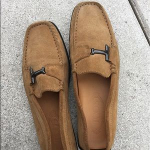 Tod loafers in rusted tan suede